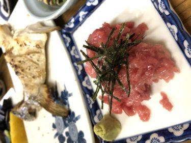 【美味しい物】おそらく京都で1番のコストパフォーマンスを誇る居酒屋だと思います。京都市大宮にあります、立ち呑み屋。庶民の味方、その名も『庶民』に行ってみよう!